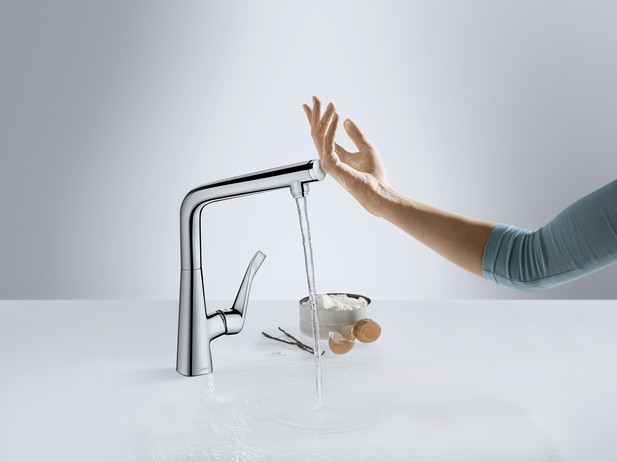 Hansgrohe_MetrisSelect_KitchenMixer_Flour